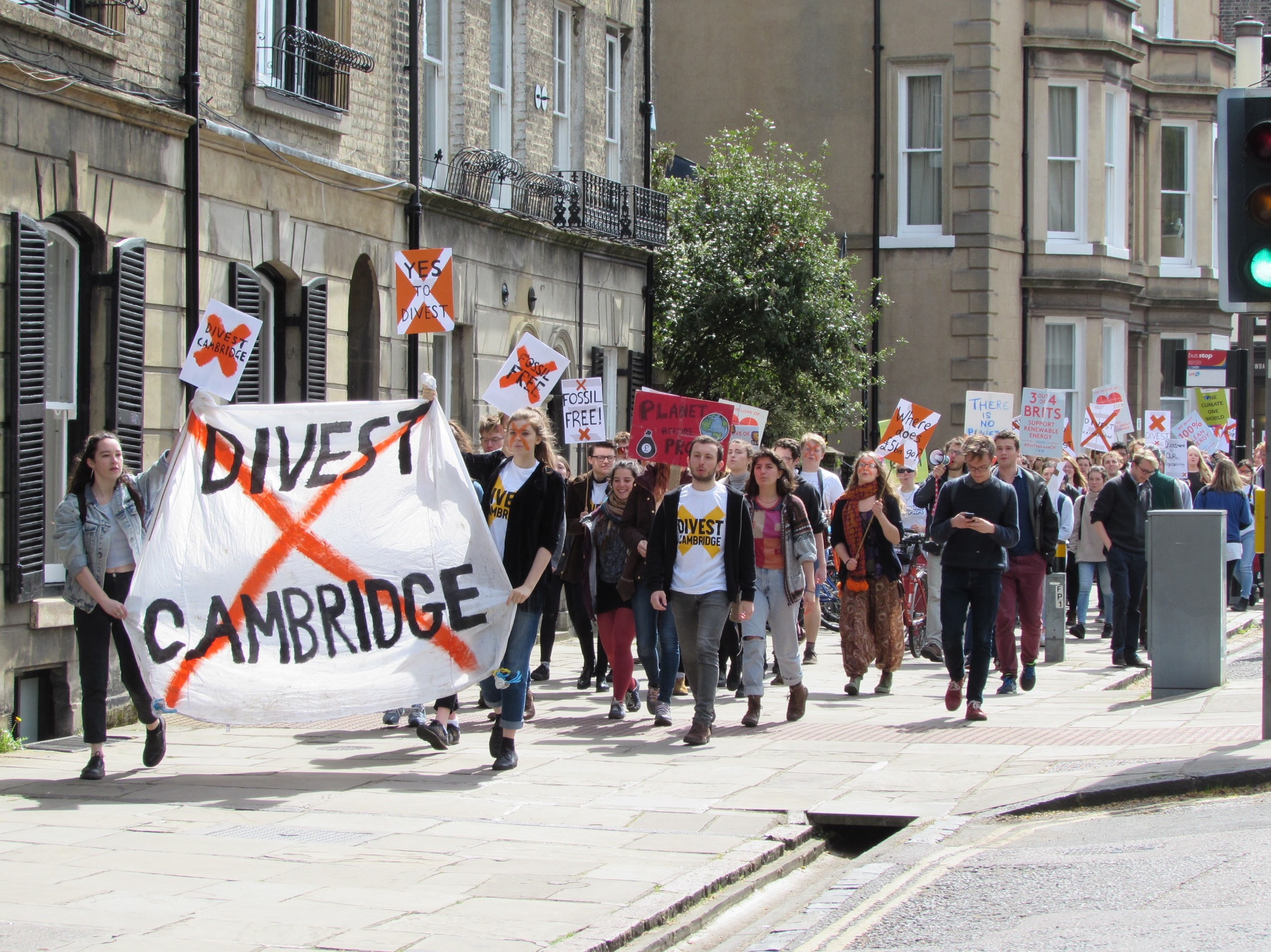 DIVEST CAMBRIDGE(1)
